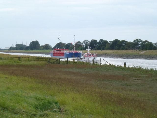 Vessels passing near Sutton Bridge    © Richard Humphrey