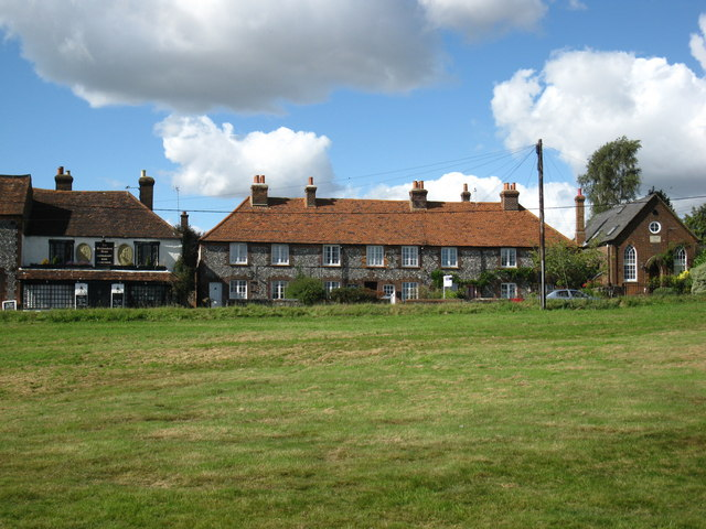 The Brickmakers Arms and houses on Wheeler End Common