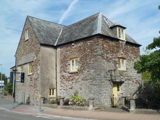 Totnes - town mill