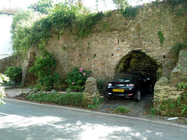 Totnes - Lime kilns