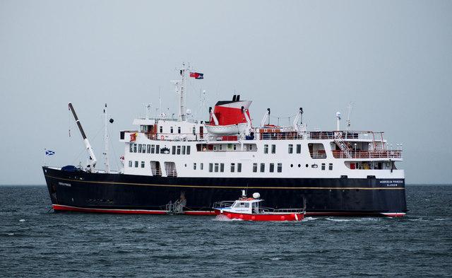 The 'Hebridean Princess' in Bangor Bay