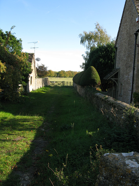 Footpath from Southrop
