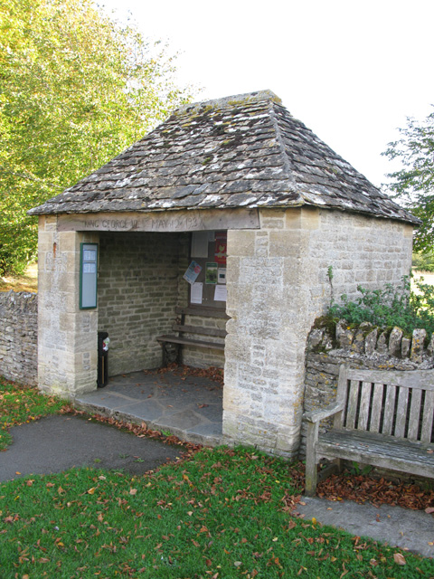 Bus shelter at Filkins
