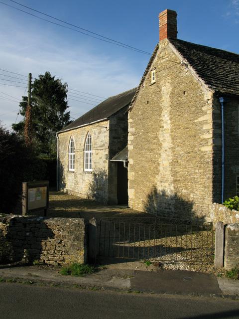 Chapel in Filkins