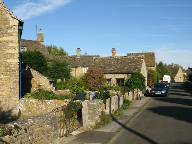 Row of cottages in Filkins