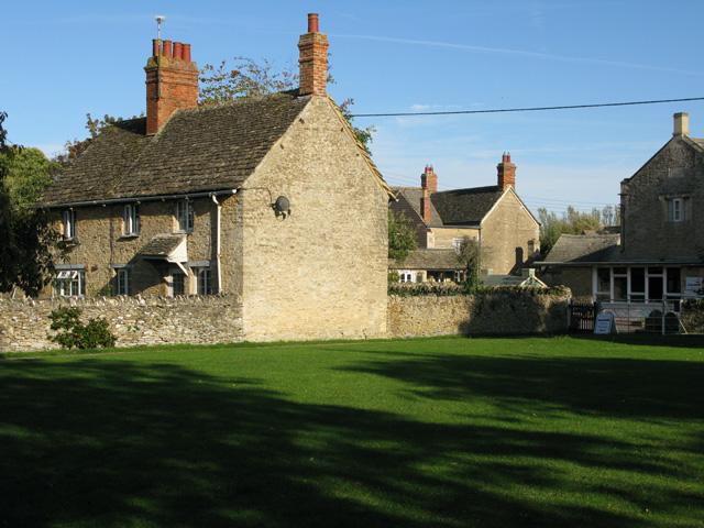A small village green, Filkins