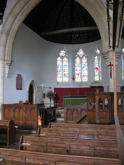 Pulpit and altar of St Peter's church, Filkins