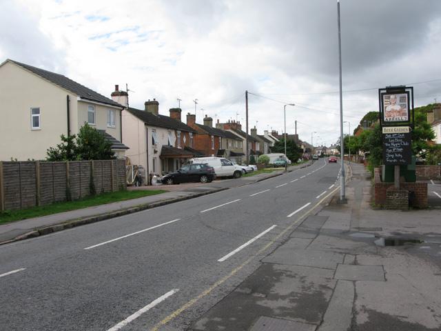 View along Beechcroft Road, Upper Stratton