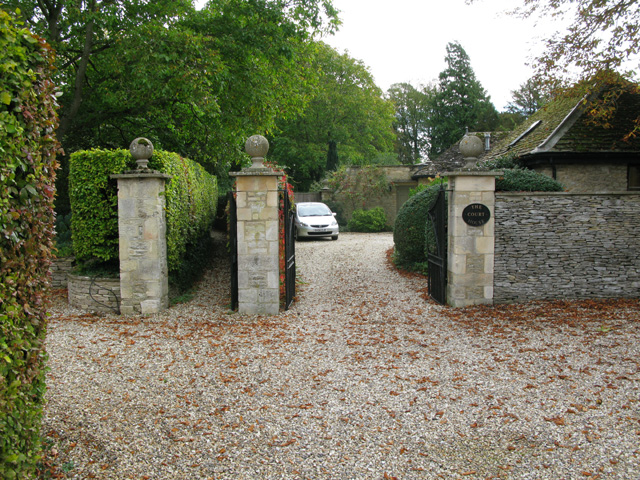 Driveway to The Court House and footpath to the church