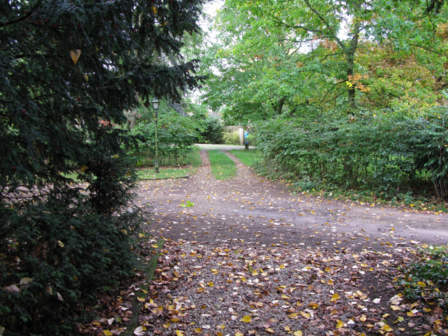 Footpath from St Peter's church Broughton Poggs