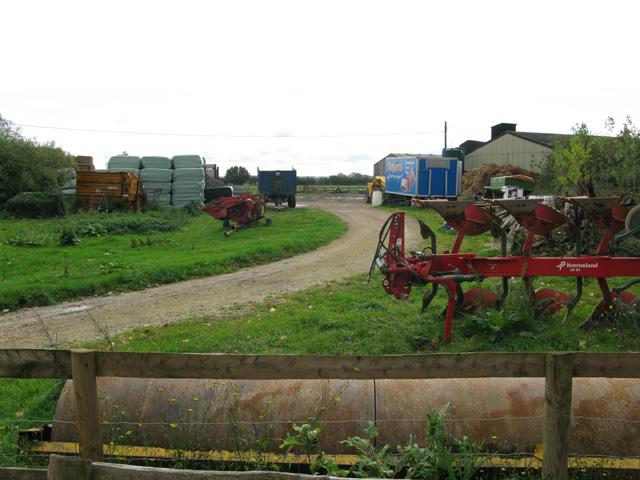 Farm yard near Manor Farm