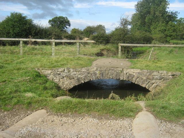Cattle bridge over Summerhouse Beck