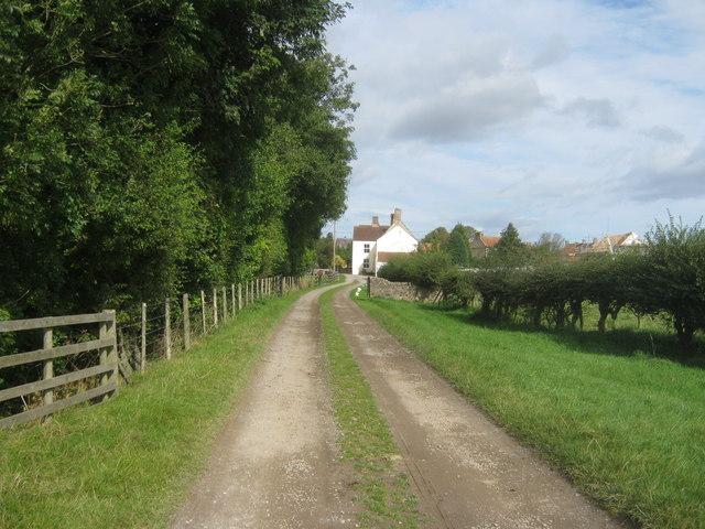 Bridleway on farm track to Summerhouse
