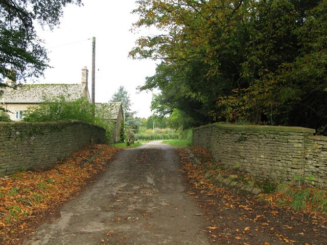 Small bridge on minor road near Home Farm