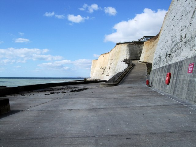 Path from Peacehaven Undercliff