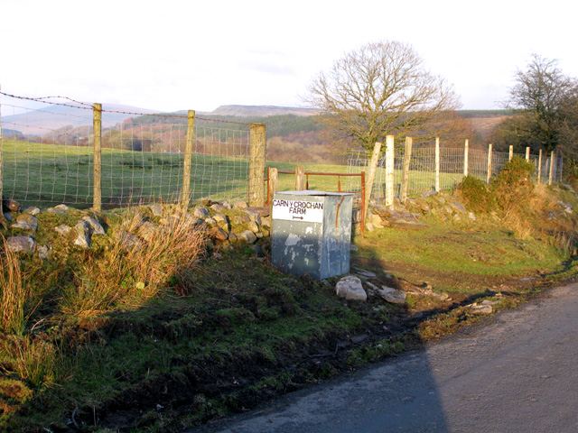 Sign for Carn-y-crochan farm on the road to Ystradfellte