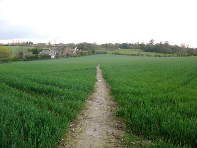 Footpath across a field near Eastry Park