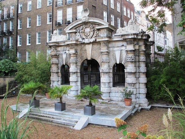 Watergate Victoria Embankment Gardens C Mike Quinn Cc By Sa 2 0
