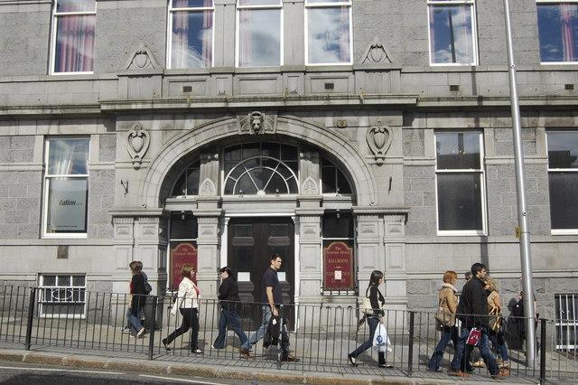 Walking past the Station Hotel, Guild Street, Aberdeen