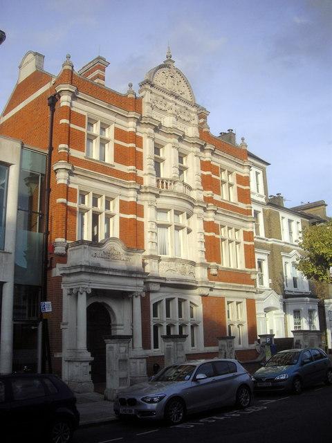 Putney Library, Disraeli Road
