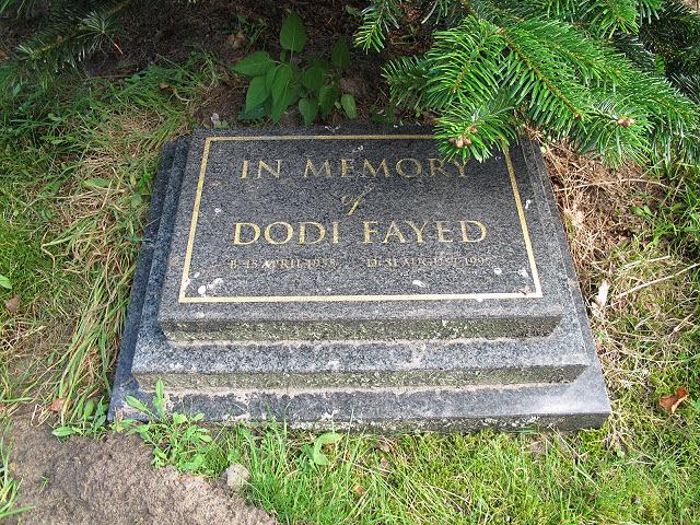 Memorial to Dodi Fayed