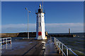 NO5603 : Anstruther lighthouse by Ian Taylor