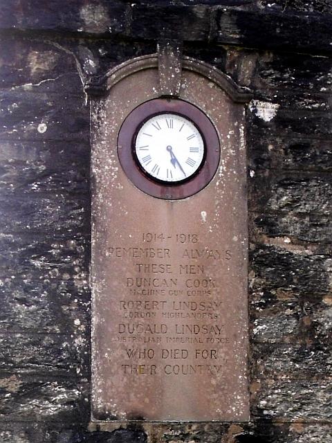 Skipness war memorial, clock and inscription