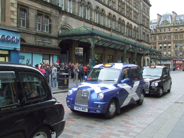 Saltire taxi at Central Station