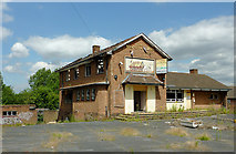 SO9199 : The Waggon and Horses near Springfield, Wolverhampton by Roger  Kidd