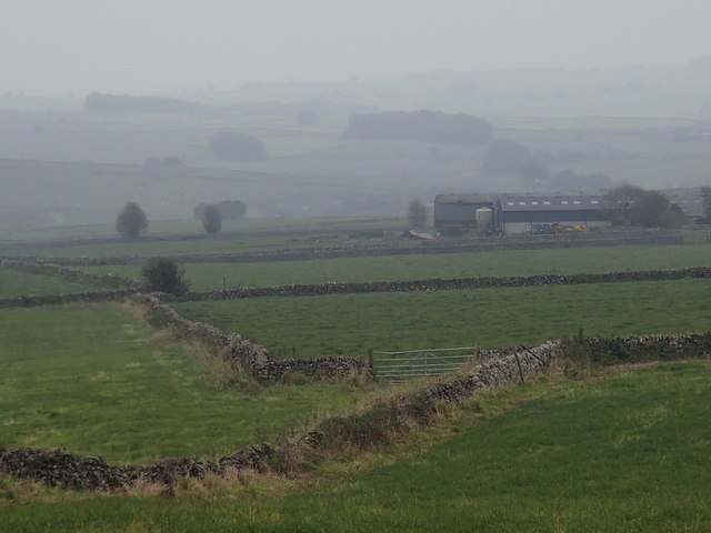 Farmland north of Stonebench Lane