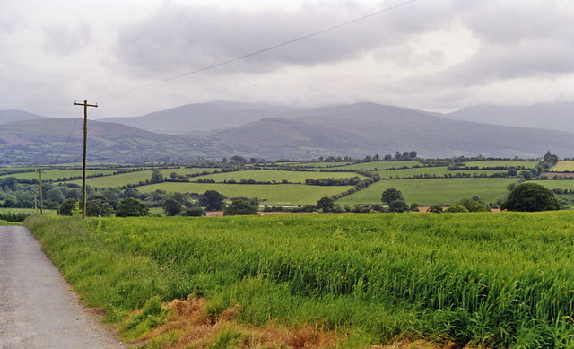 SW  across valley of River Suir to Knockmealdown Mountains from near Ballydonagh