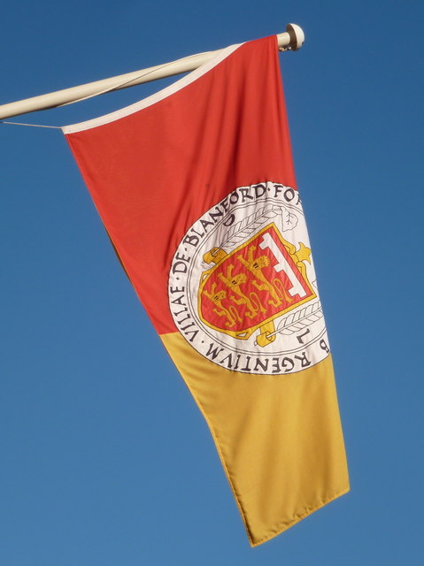 Blandford Forum: town flag on the Town Hall