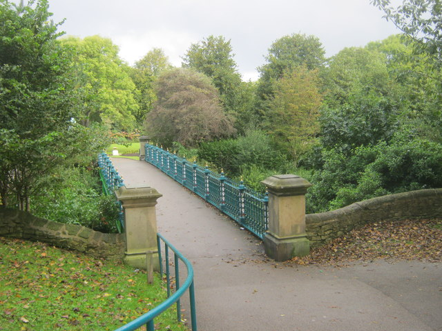 Footbridge in Mowbray Park