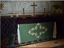 ST5906 : St Mary, Melbury Bubb: altar by Basher Eyre