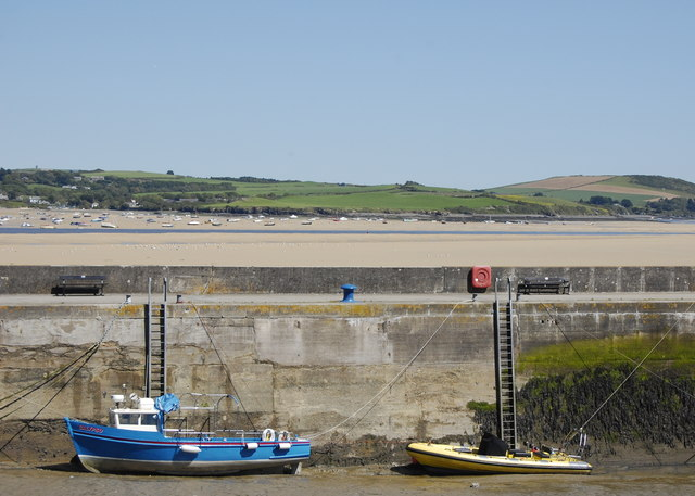 Padstow Outer Harbour at low tide
