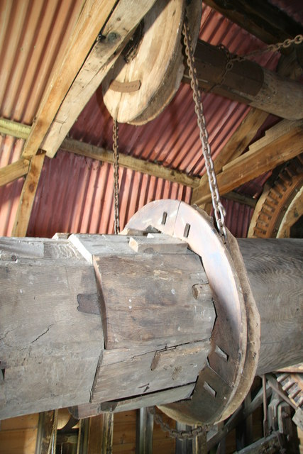 Stevington Windmill - sack hoist