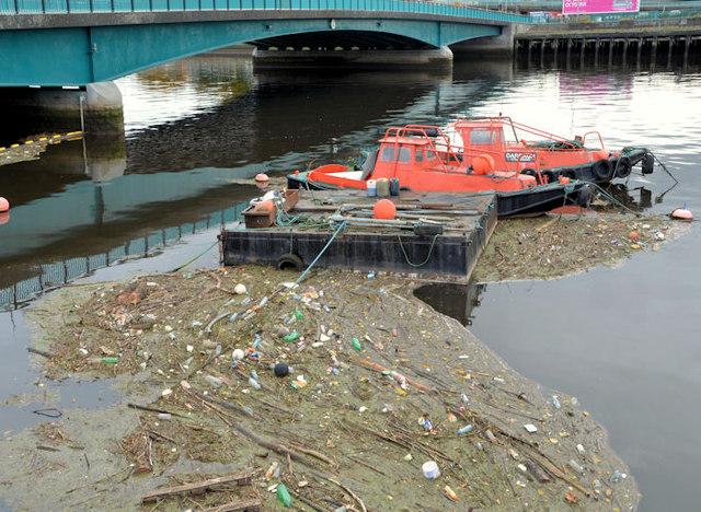 Debris, River Lagan, Belfast (5)