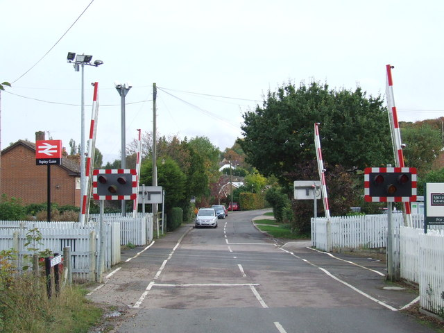 Level crossing at Aspley Guise