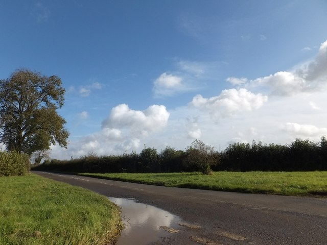 Crossroads near Bycell Farm