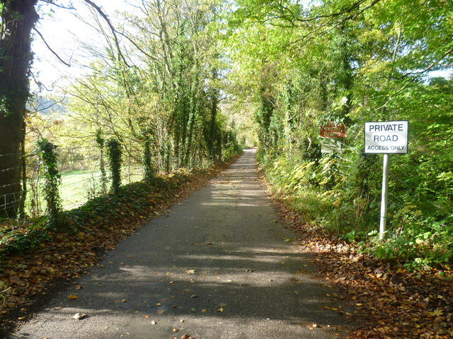 Private road across Darenth Valley Golf Course