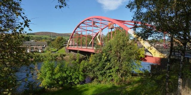 Painting the Bonhill Bridge