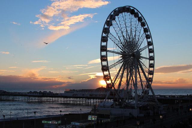 Brighton Wheel & Palace Pier
