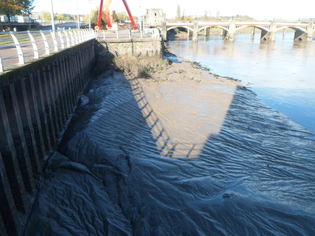 Shadows on the mud, River Usk, Newport by Jaggery
