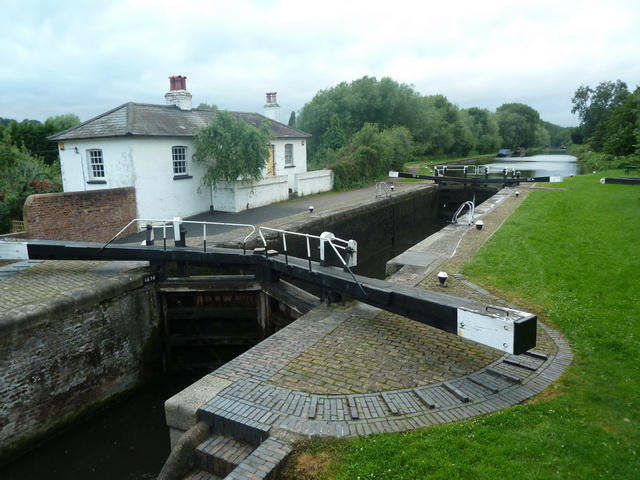 Widewater Lock, Grand Union Canal