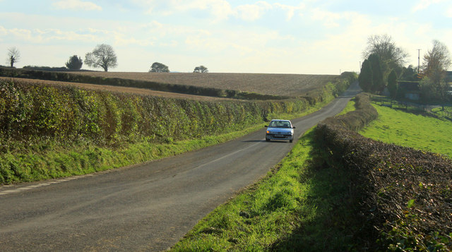 2012 : Heading south from the top of Portway Hill