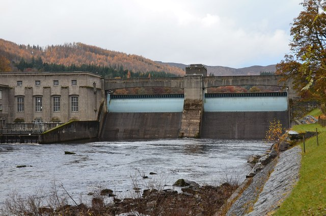 Pitlochry dam and power station (2)