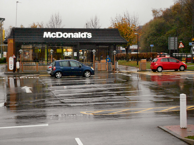McDonald's Drive-in, Radcliffe
