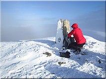 NH1462 : Summit of Fionn Bheinn by Richard Webb