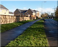 ST2984 : Morgan Way pavement and grass verge, Newport by Jaggery