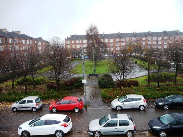 Budhill Square, Shettleston